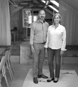 Värdparet på Rotvik Företagshubb, Pia Törnstrand och Sture Qvarfordt